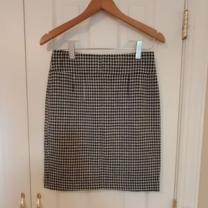 Banana Republic Houndstooth Wool Pencil Skirt